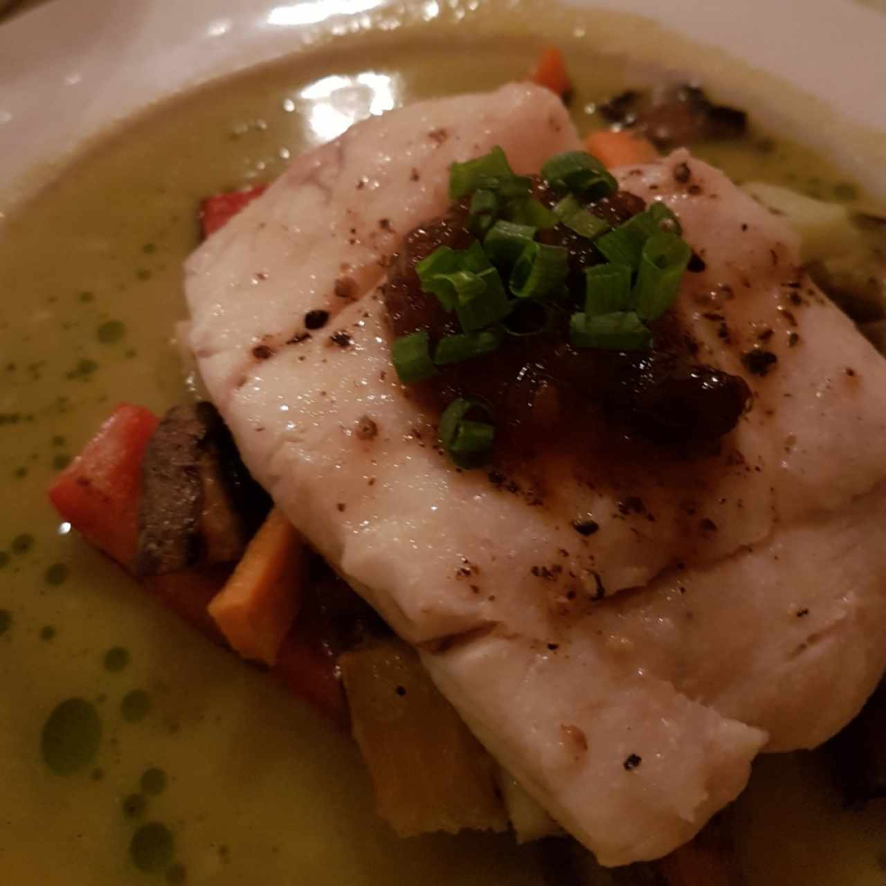 corvina con curry verde