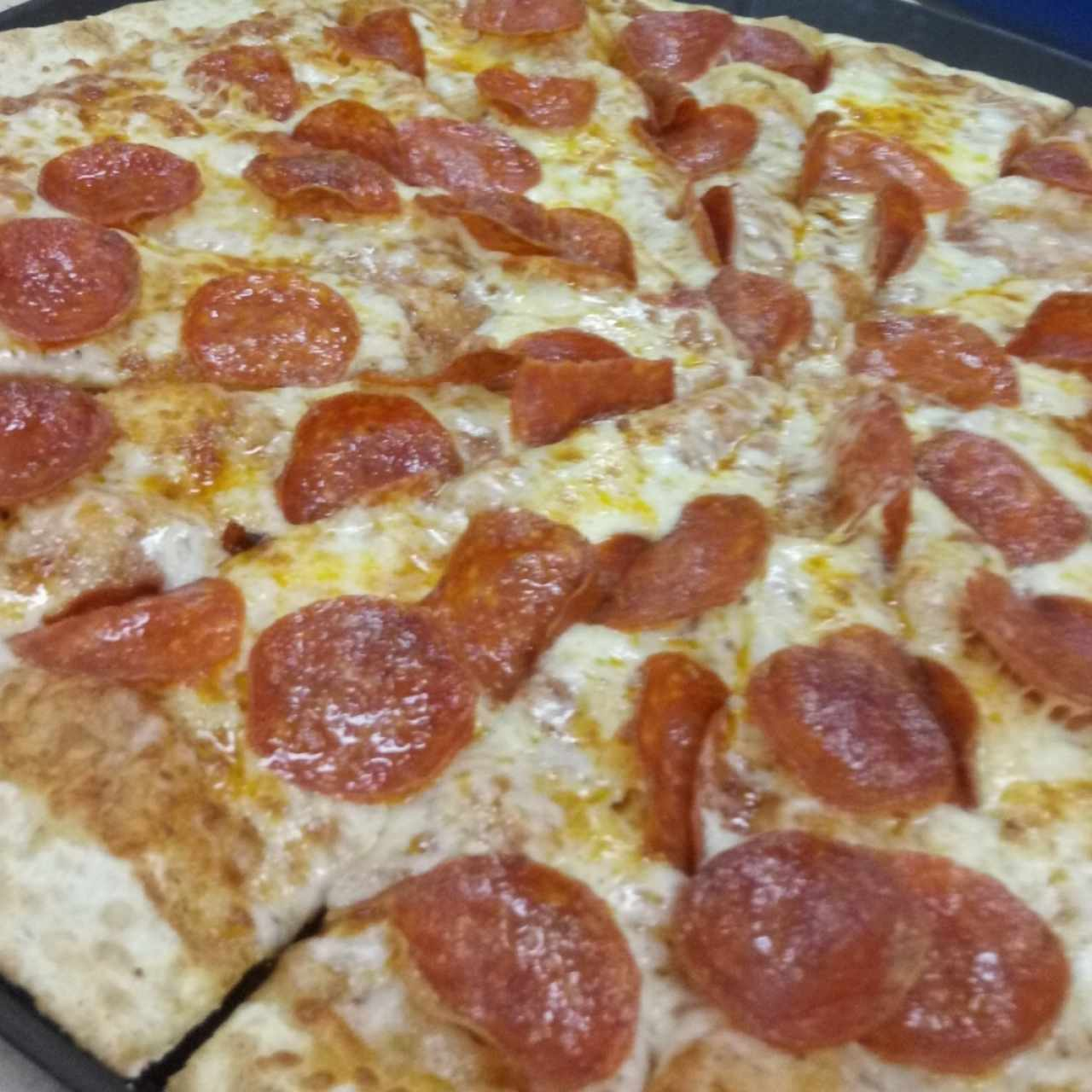 Pizza familiar pepperoni