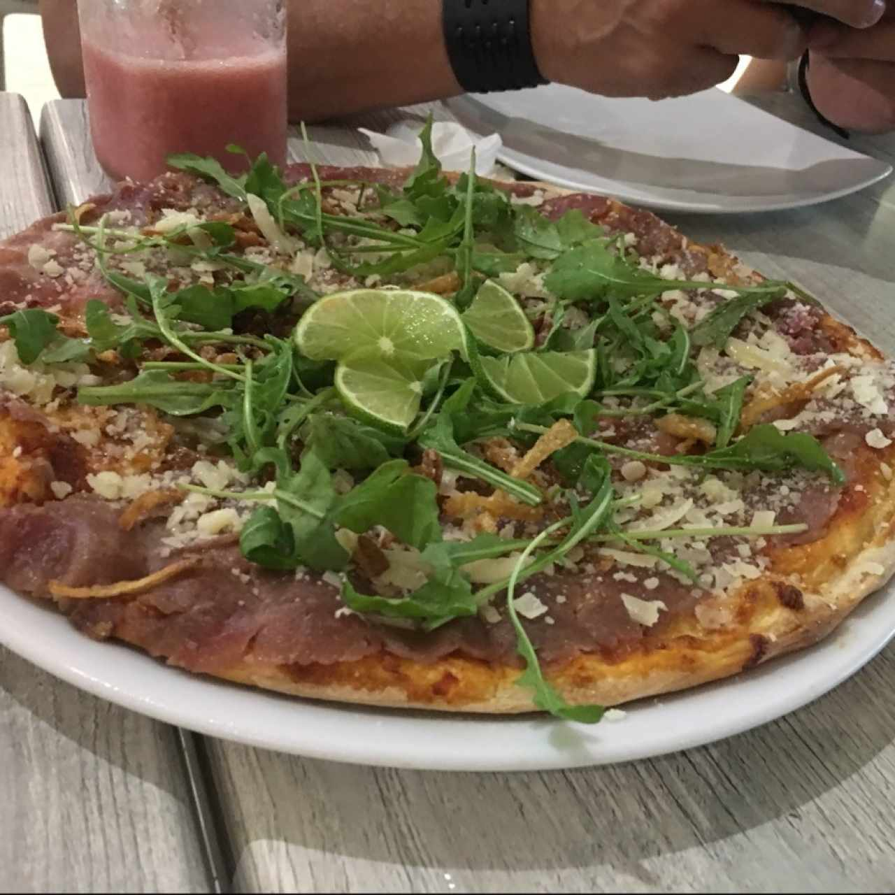 pizza carpaccio de res