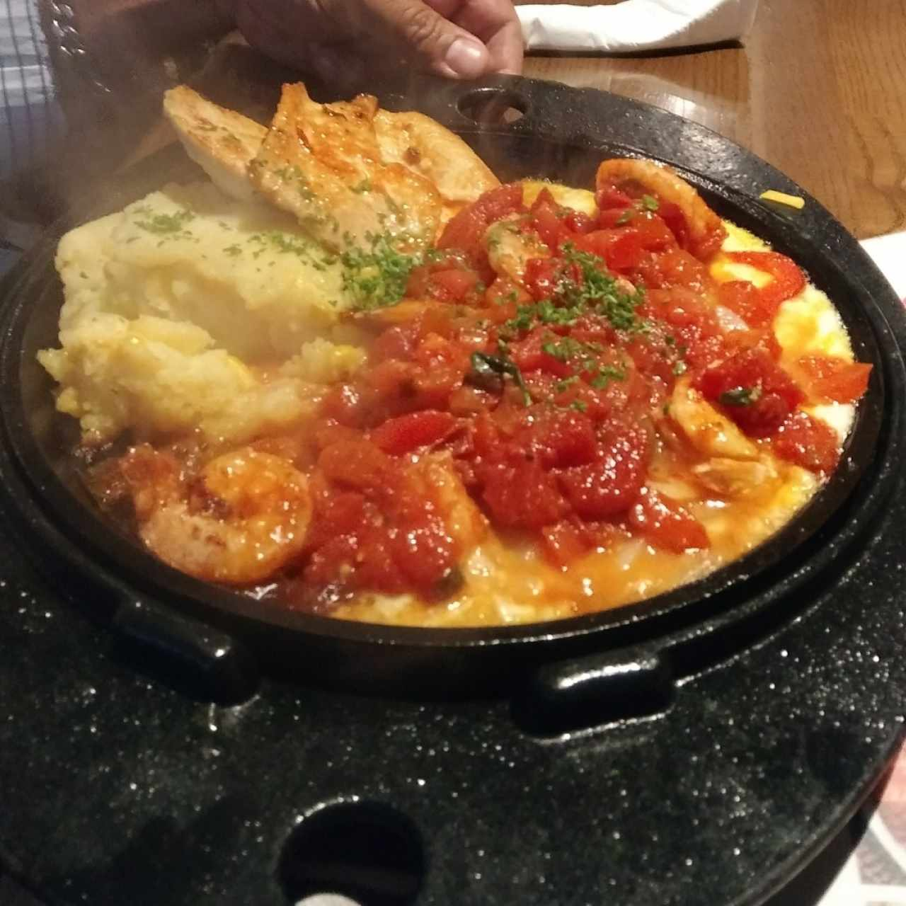 Sizzling Chicken & Shrimp.
