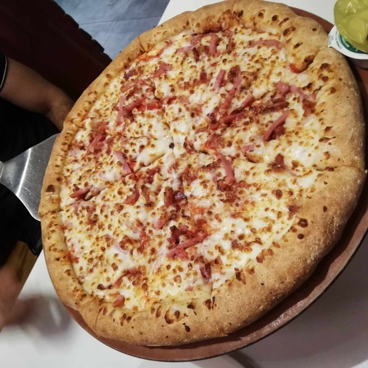 Pizza xl jamón y tocino