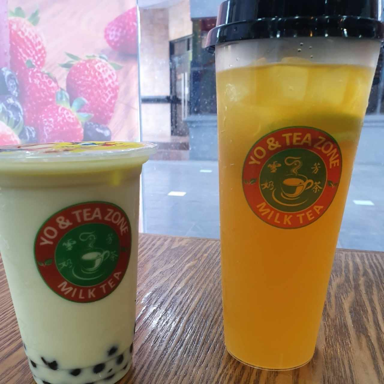 Matcha Bubble Tea y Grass Lemon Tea