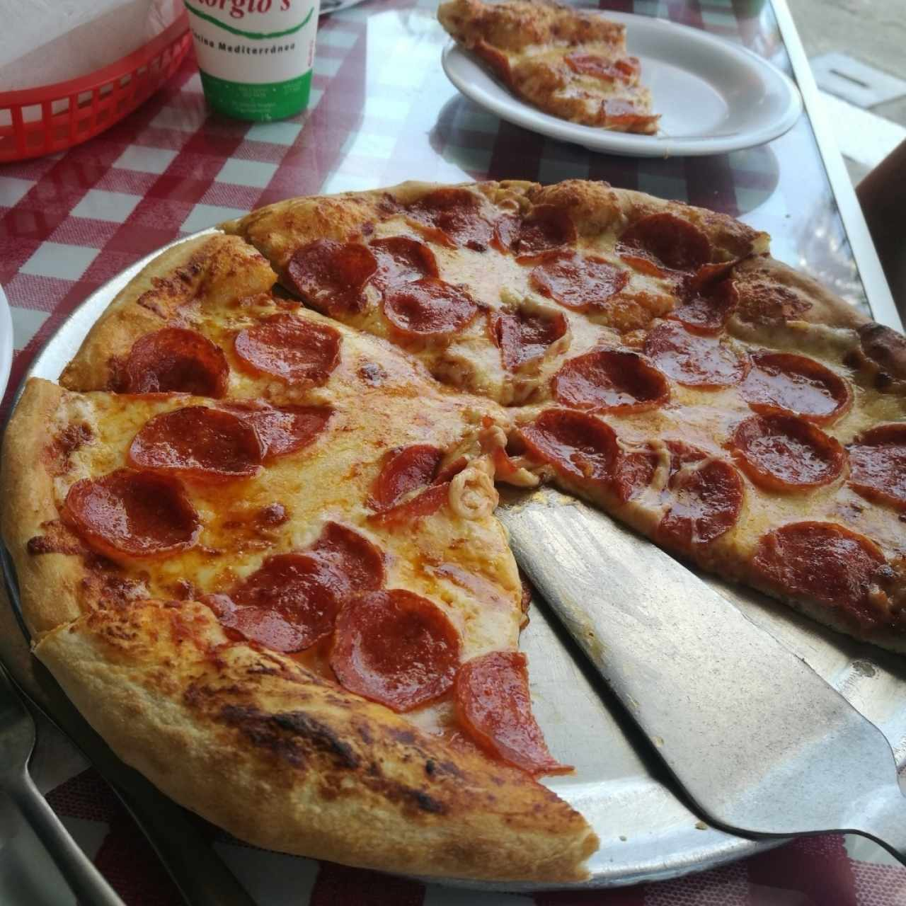 Pizza de pepperoni (regular)