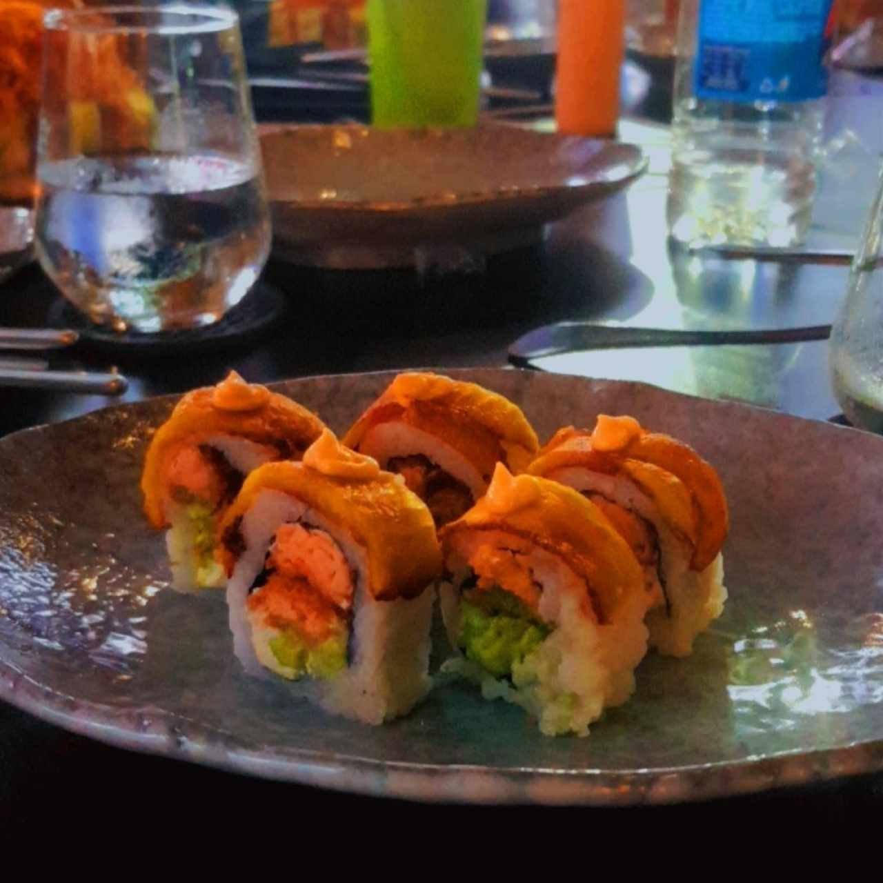 dragon roll (porción compartida)