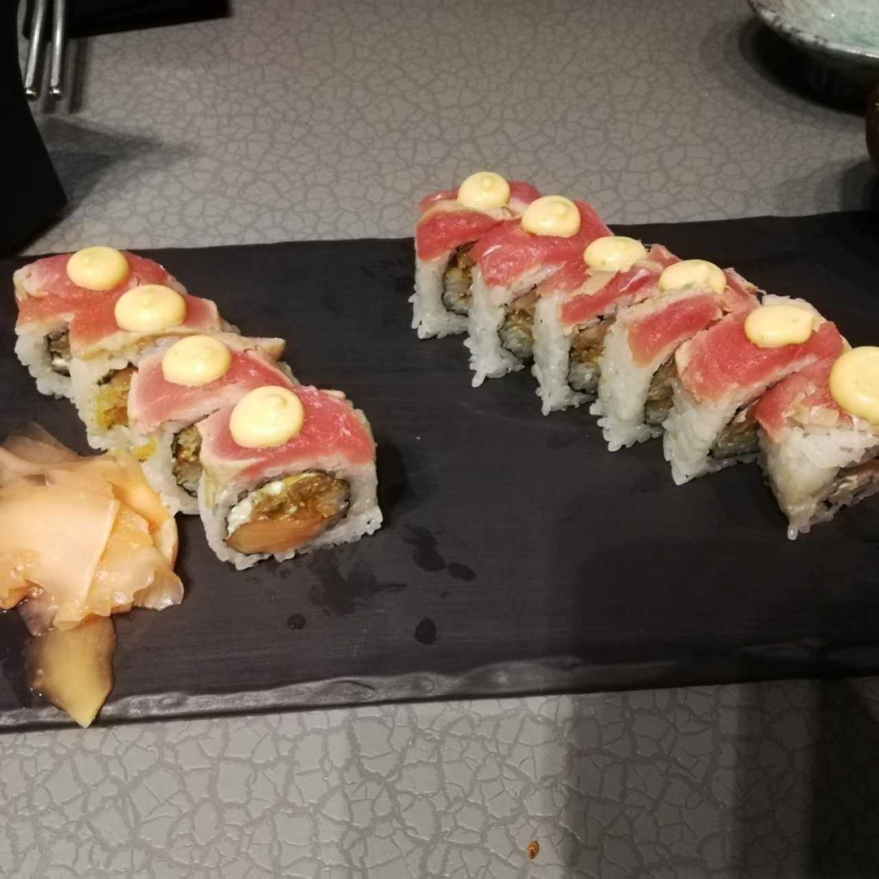 Sushi Bar - KAVA roll