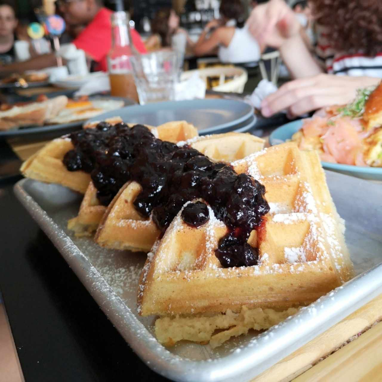 Waffles con blueberries