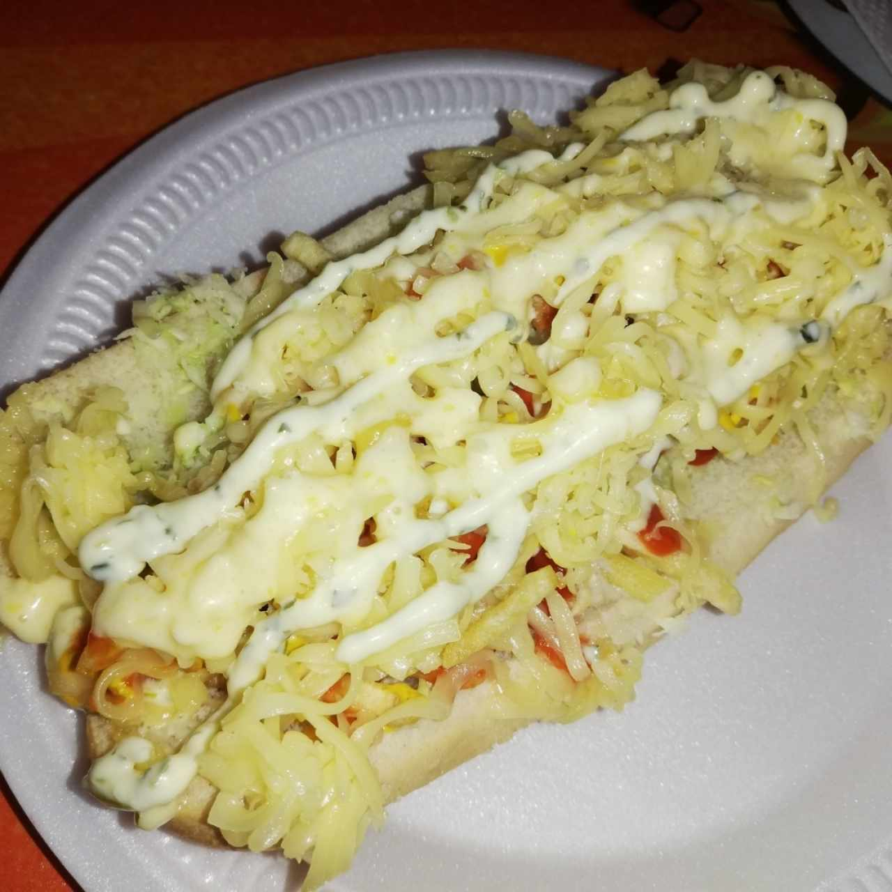 Hot dog regular con extra de queso