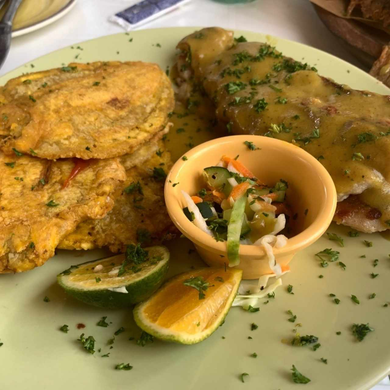 Filete de Pescado al Coco y Curry