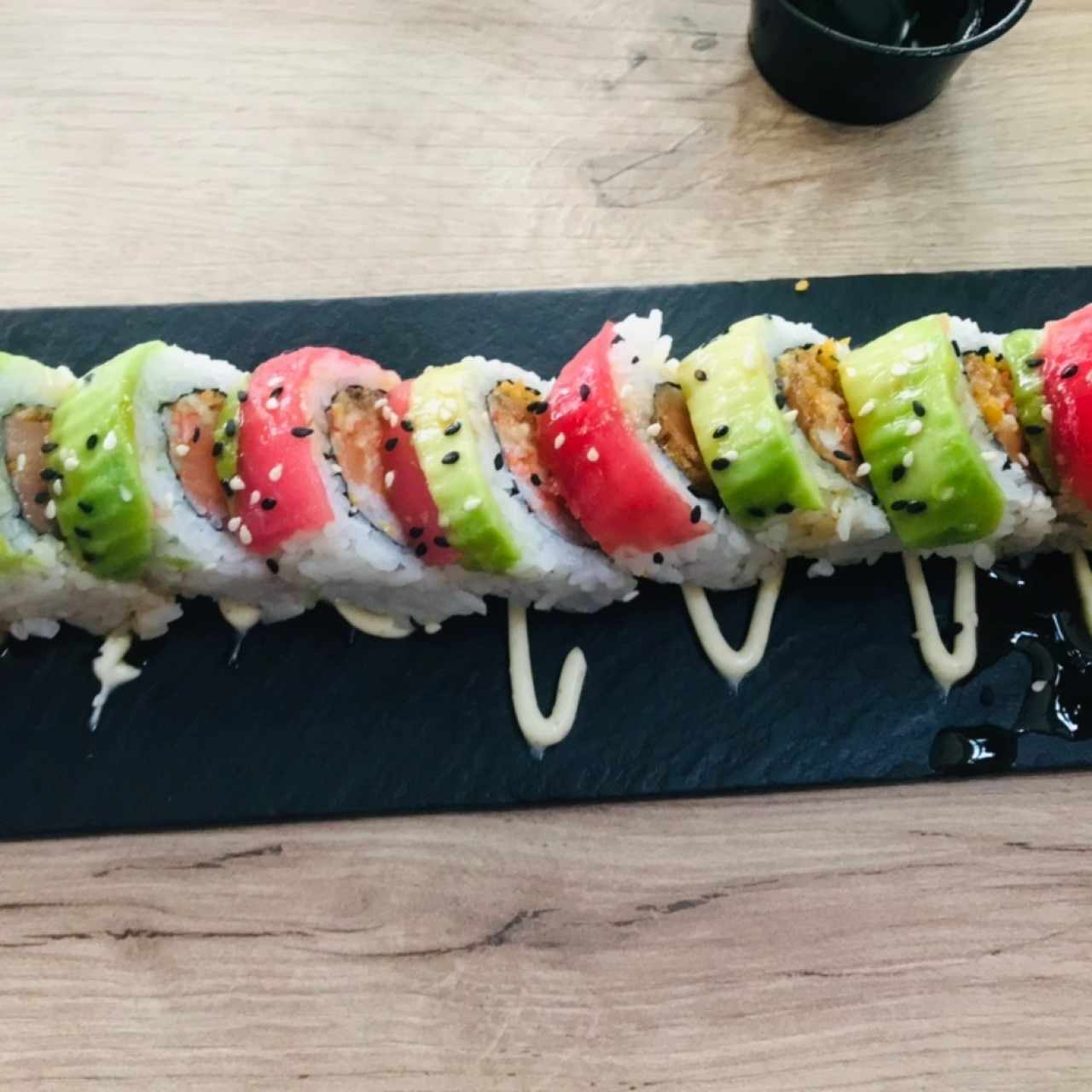 SUSHI BAR - PEACE & LOVE