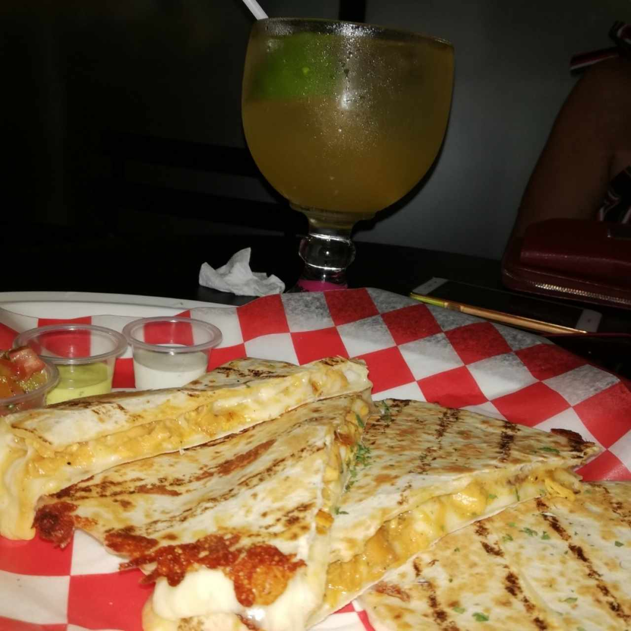 quesadillas y limonada