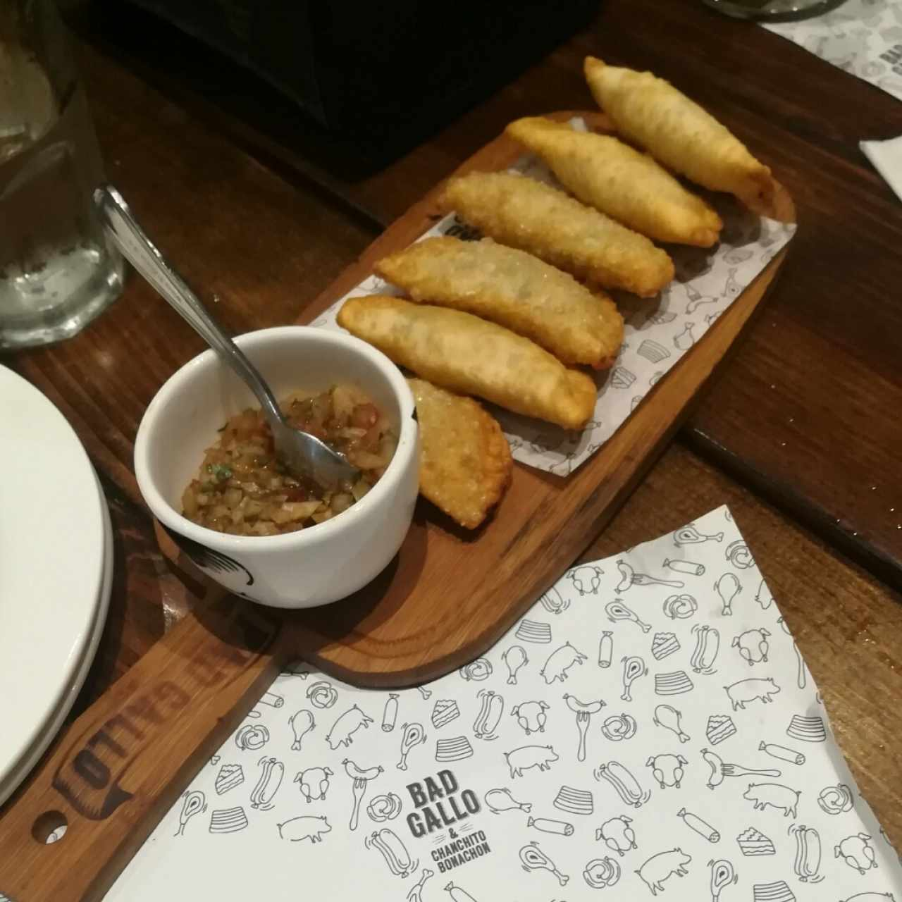 mini empanaditas de pollo