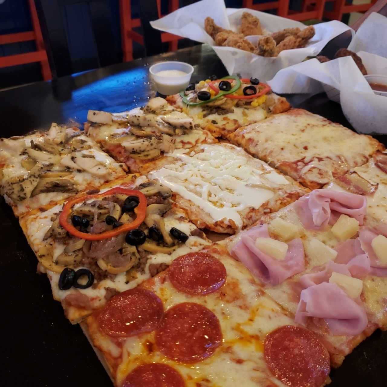 Pizza & Wings Sport Bar