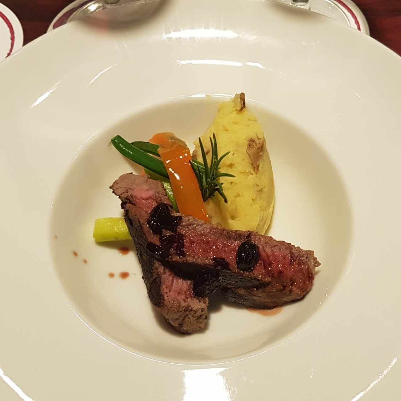 Filete de Res en Reducción de Vino