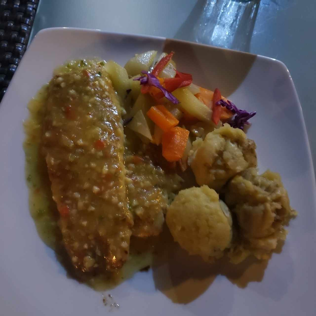 filete de corvina con pure