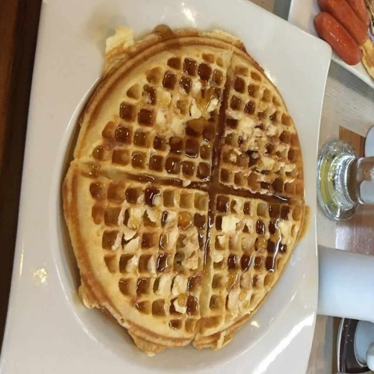 Waffles - Mantequilla y Syrup