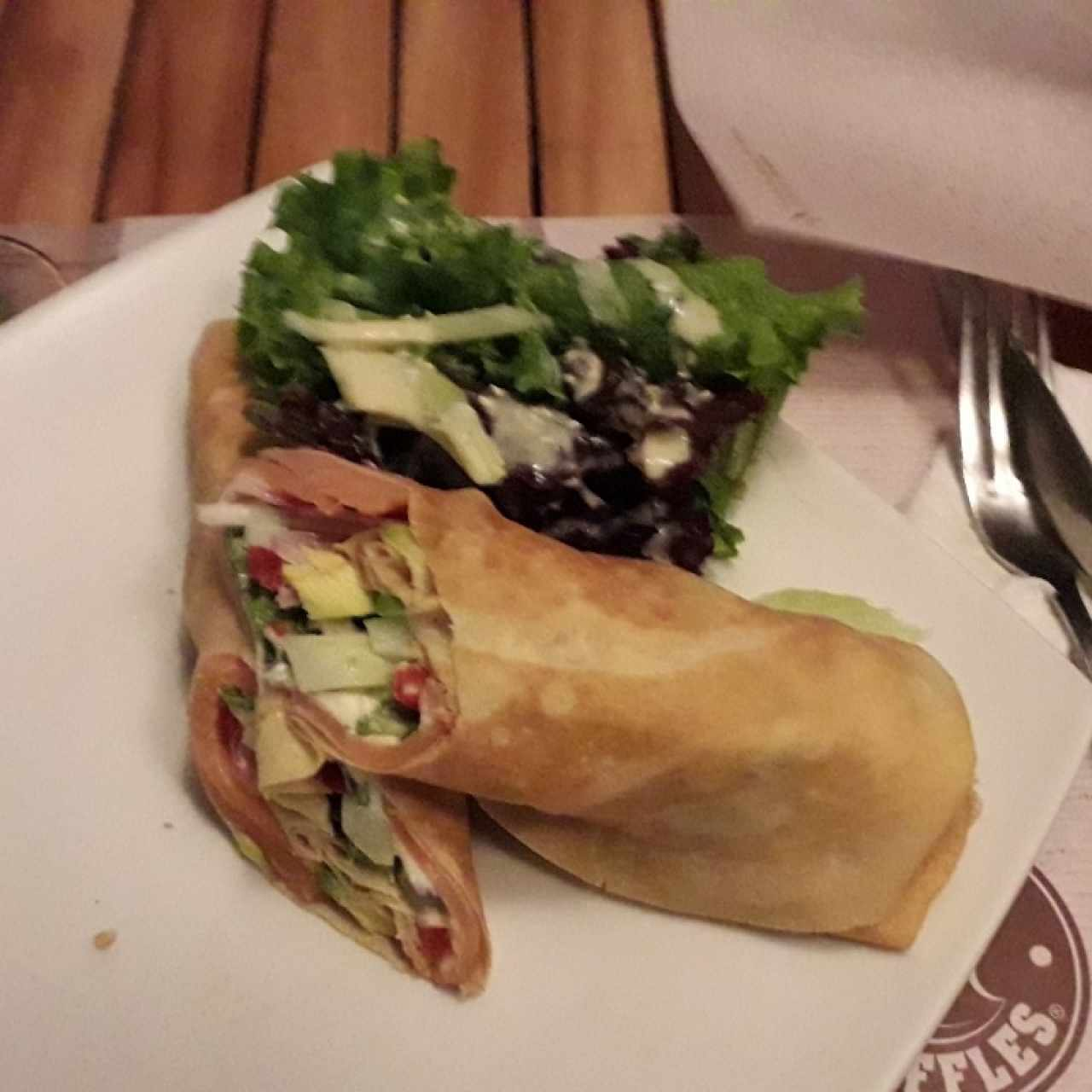 Crepes salmon Roll