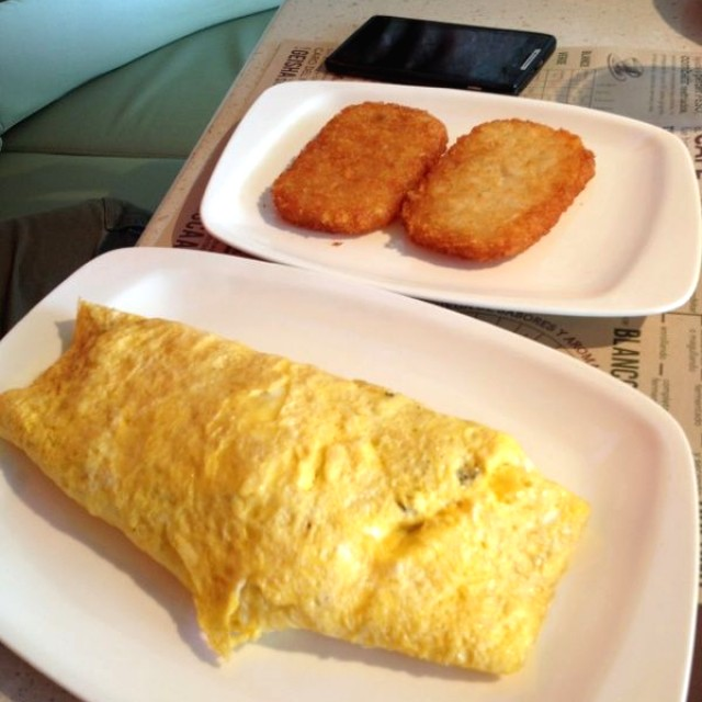 Omellette y hash browns