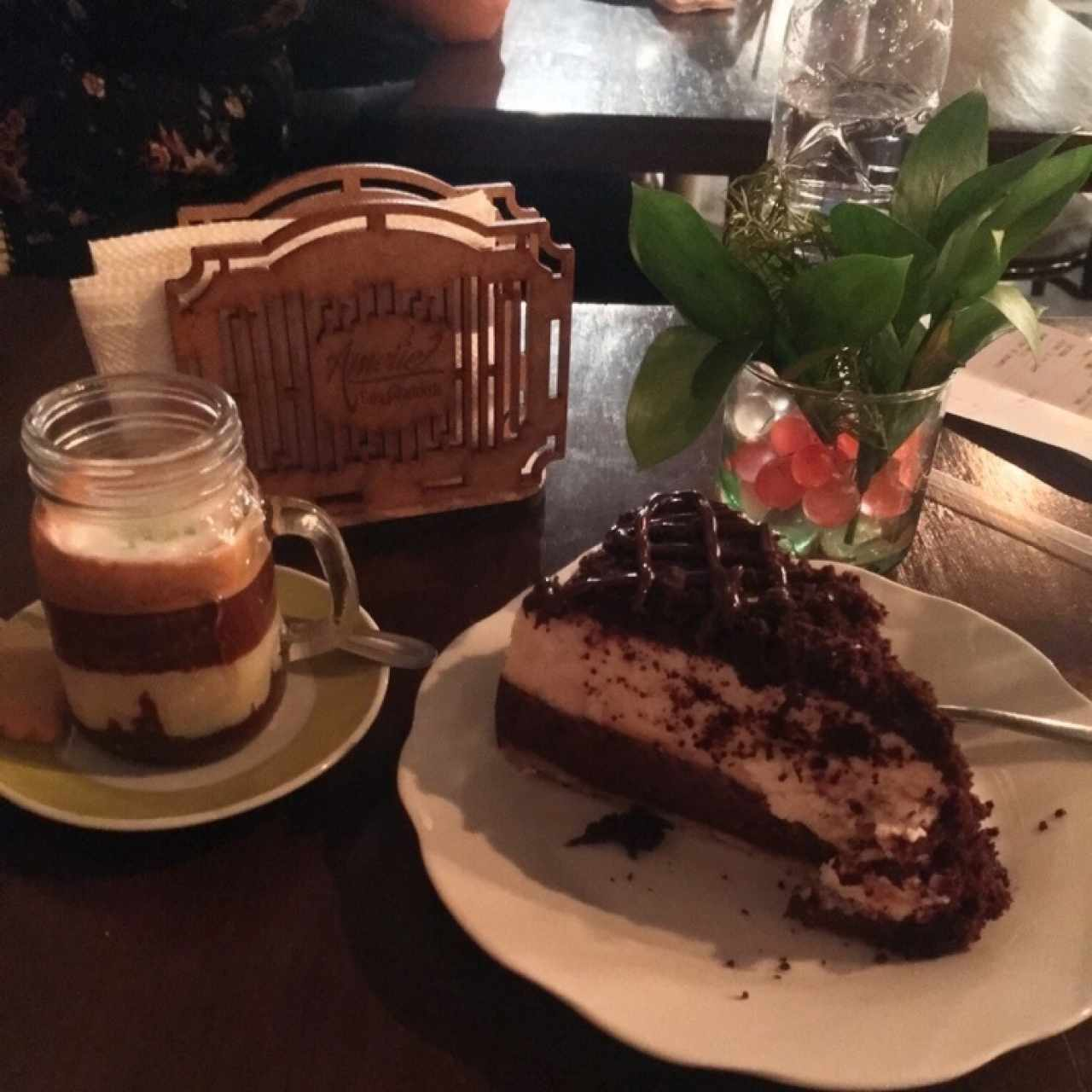 Cheesecake de brownie y bom bom Amelie
