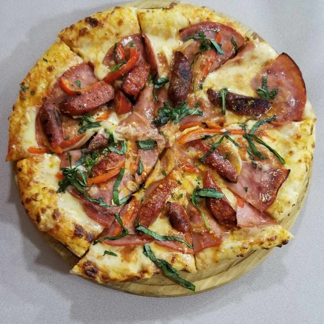 Pizza Chistorra