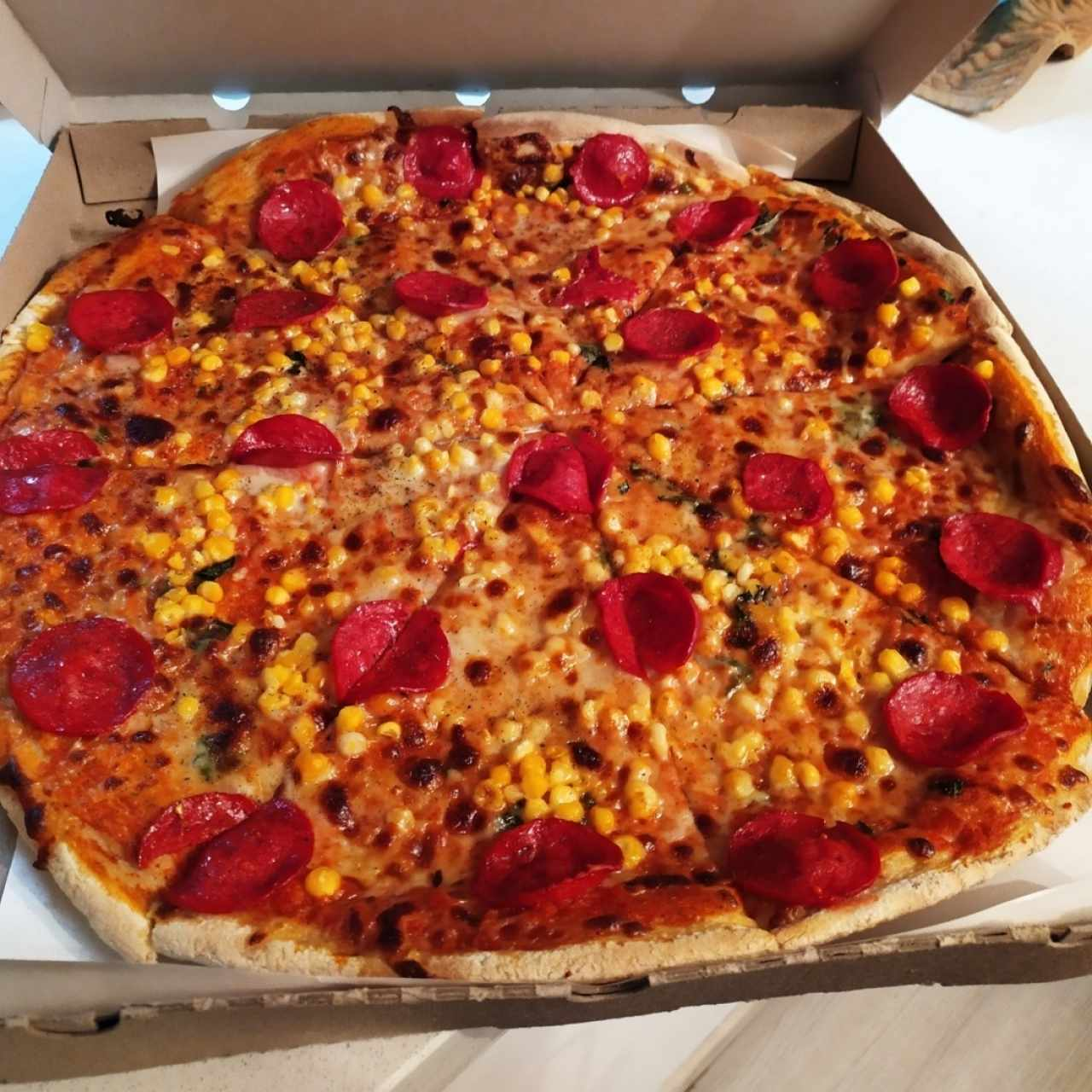 Familiar con Maíz y Pepperoni