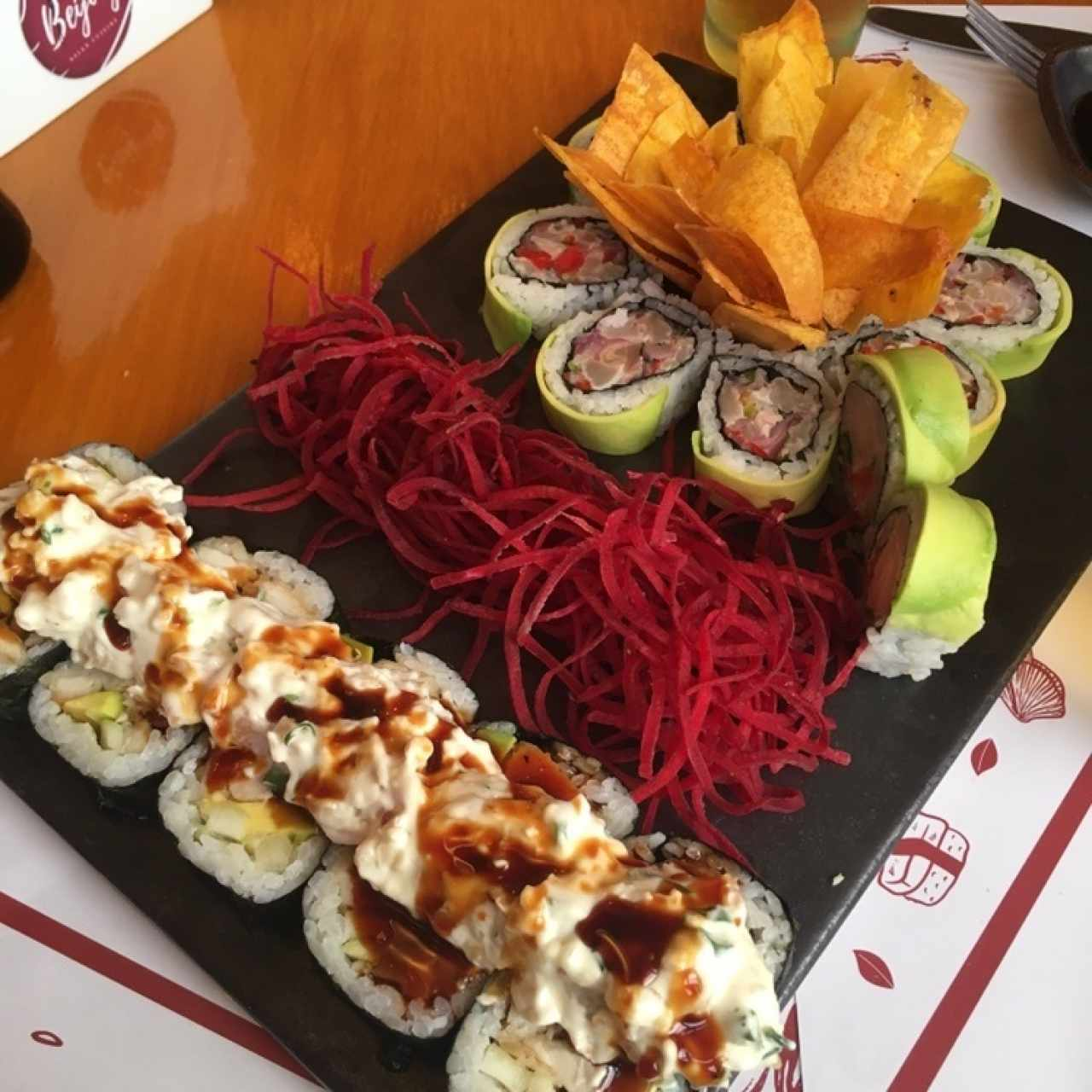 SUSHI ROLLS/MAKIS/PREMIUMS - Ceviche Roll
