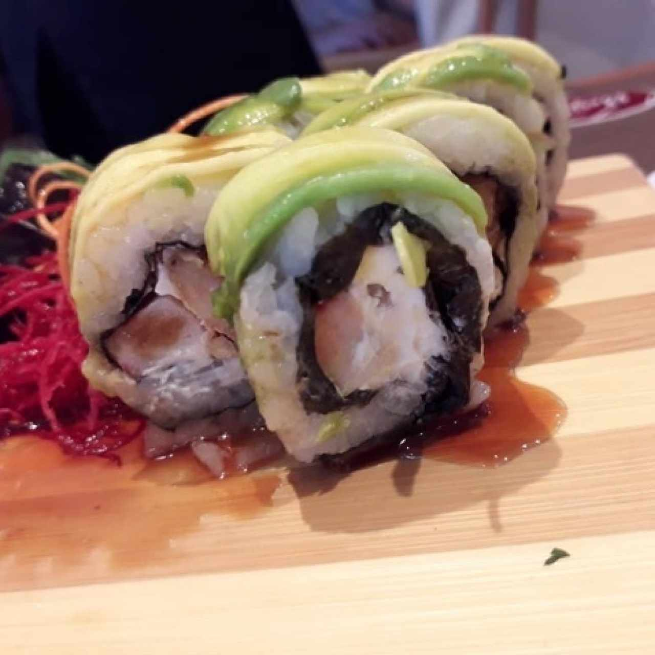 SUSHI ROLLS/MAKIS/PREMIUMS - Ebi Roll