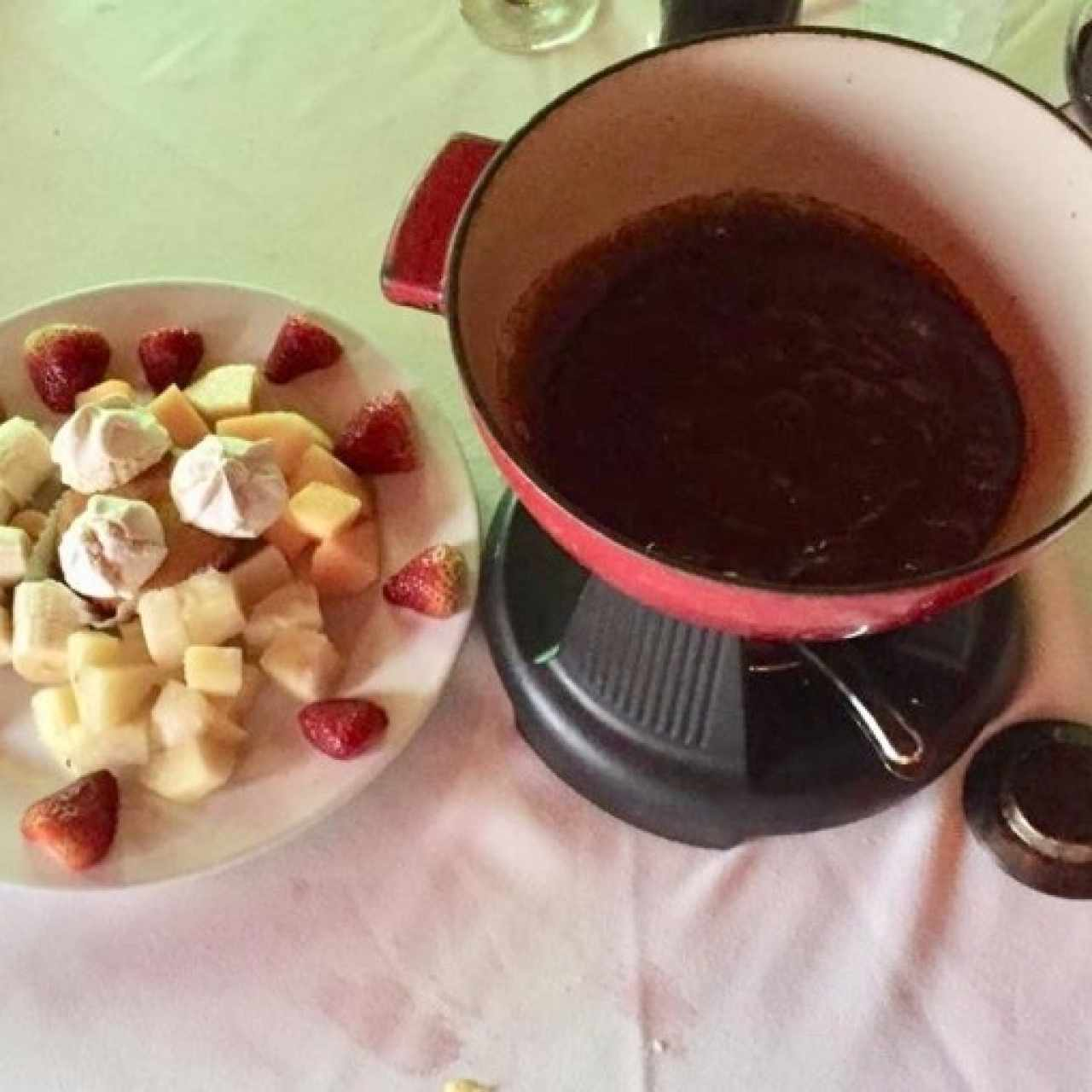 Fondue de Chocolate con su Guarnición